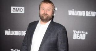 ROBERT KIRKMAN Suing THE WALKING DEAD Mobile Game Company